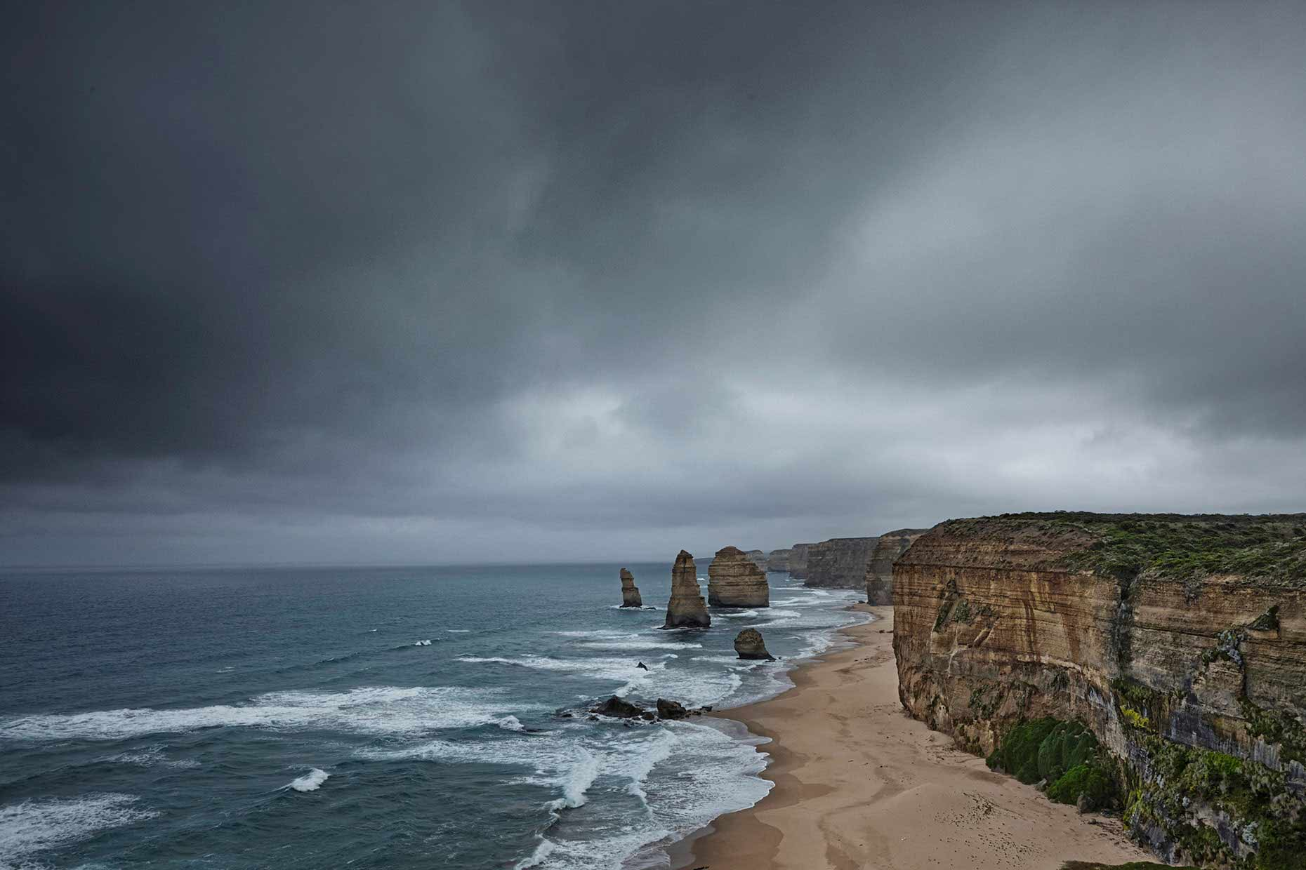 australie-down-under-great-ocean-road-12-apostles_beach.jpg