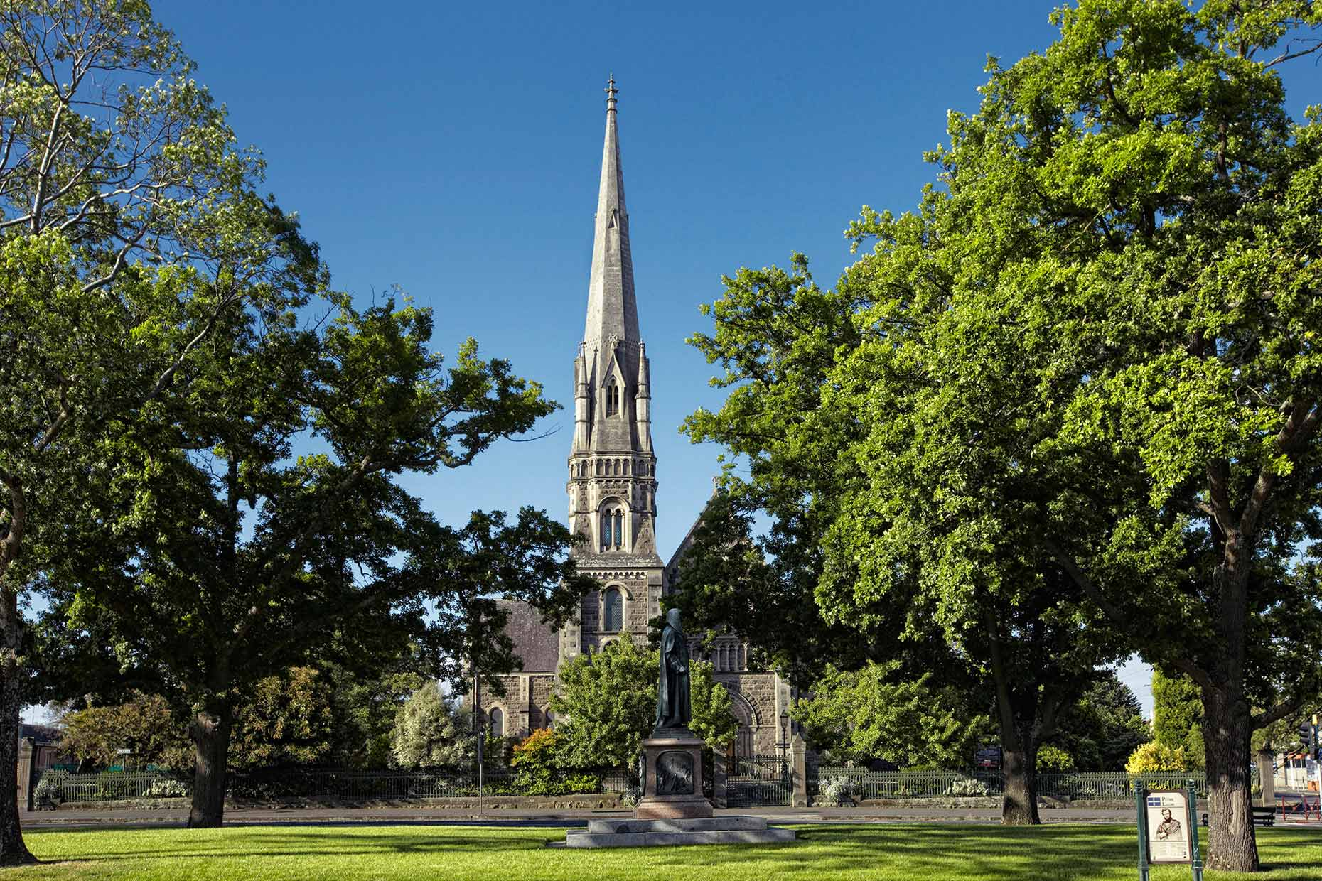 australie-down-under-victoria-ballarat_church.jpg